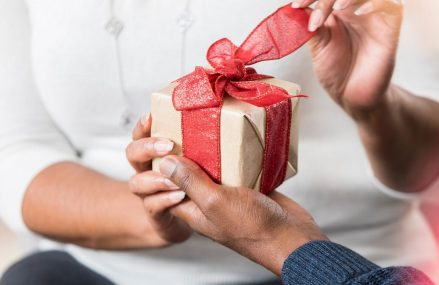 Great Gift Ideas to Help a Friend Chill Out